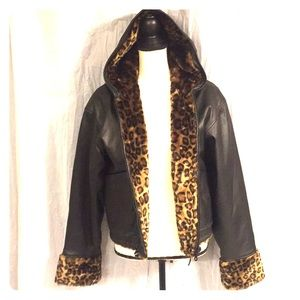 Jackets & Blazers - Leather hooded Sherpa jacket with leopard fur med
